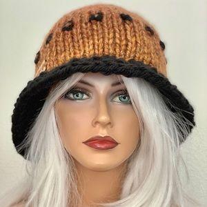 Hand Knits 2 Love winter Hat Brim Ombre Designer